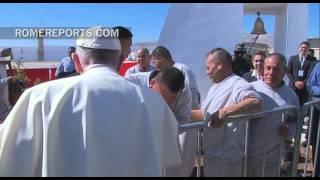 Un grupo rock de presos puso ritmo a la visita del Papa Francisco a la cárcel