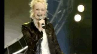 Concert des pièces jaunes : Yelena Neva ''Toute nue''