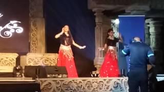 MERA JOOTA HAI JAPANI | HOTHO PE AISI BAAT | O HASEENA | LIVE LOVE DANCE