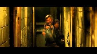 The Horde - Hallway scene