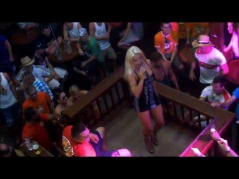 Xxx Mp4 Biggi Bardot Singt Im Bierkönig Mallorca Majorca 3gp Sex