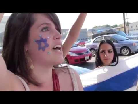 Israeli girls argue against Palestinian women in Los Angeles