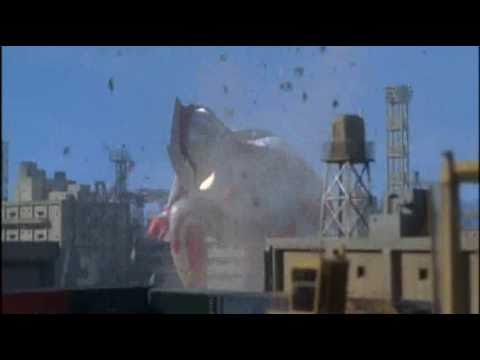 Ultraman Tiga vs Ultraman Mebius fan battle