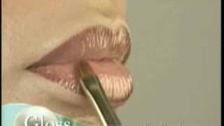 MAINTAIN FULL LIPS Make-Up Techniques From Eve Pearl