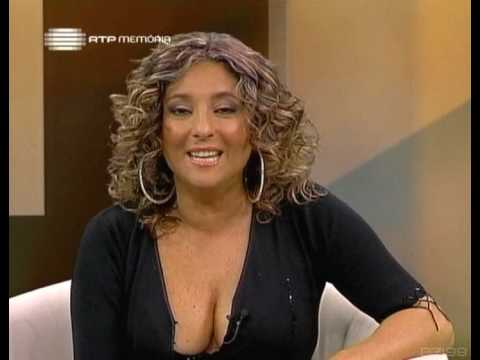 Maria João Gama mostra as gémeas