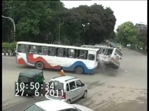 Live Bus Accident, Farmget, Dhaka, Bangladesh