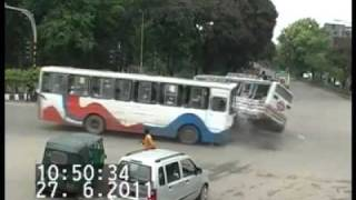 Live Bus Accident, Farmget, Dhaka, Bangladesh