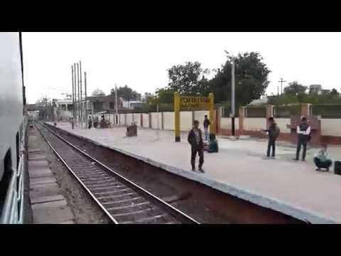Sachkhand Express smoothly skips curvy Raja Ki Mandi station