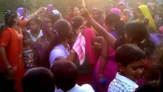 Bhojpuri Nagin dance by sexy UP girls