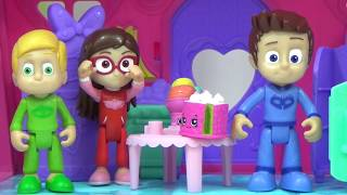 Disney Jr. PJ MASKS TRANSFORMING PLAYSET with SUPERHEROES IRL Catboy Gekko and Owlette / TUYC