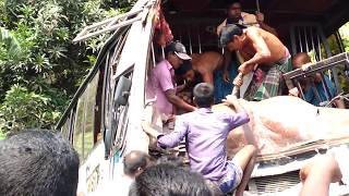 live bus accident in bangladesh