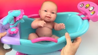 New Baby Dolls Bathtub Toy W/ Sounds & Shower How to Bath a Baby Doll Toys Videos