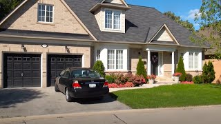 Beautiful Oakville - one of the most affluent towns in Canada