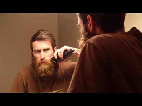Guy Shaves Off Huge Beard for Mother for Christmas. Watch His Mom s Reaction