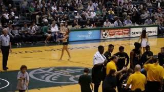 University of Hawaii Band, Cheerleaders & Rainbow Dancers  1-14-17 | click2ED video