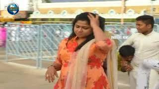 BiggBoss frame Jyothi Visits Thirumala , Offers special Prayers lord Venkatesha | Overseas News
