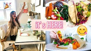 IT'S HERE!! + Healthy Eats + Fitness Motivation!