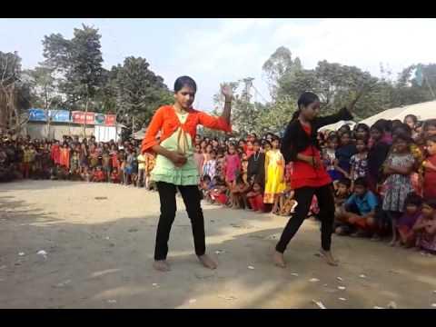 Xxx Mp4 TWO DHAKA GIRLS DANCE IN VILLAGE HOT DANCE XX VIDEO 3gp Sex