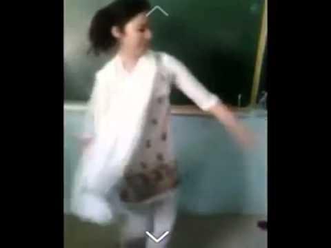 رقص دختر افغانی