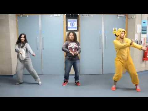 Fifth harmony Girls dance on Juju on that beat