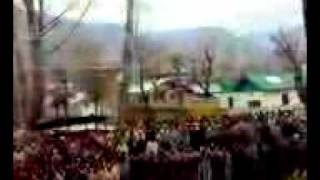 Heart touching video from Indian administrated Kashmir you must watch this..3gp