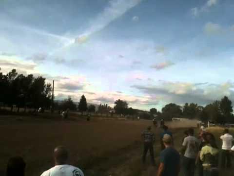 Carreras de caballos en Yakima. Paco
