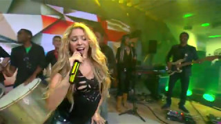 Shakira - La La La (Brazil 2014) (Featuring  Carlinhos Brown) (Live Fantástico)