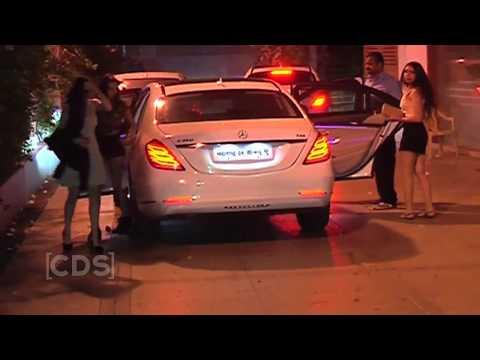 Xxx Mp4 Shahrukh Khan Son Aryan Khan Party With Sexy Girls In Mumbai 3gp Sex