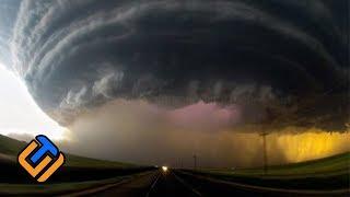 SIAP MENGHISAP APAPUN DIBAWAHNYA !!! 8 Fenomena Alam Paling Langka