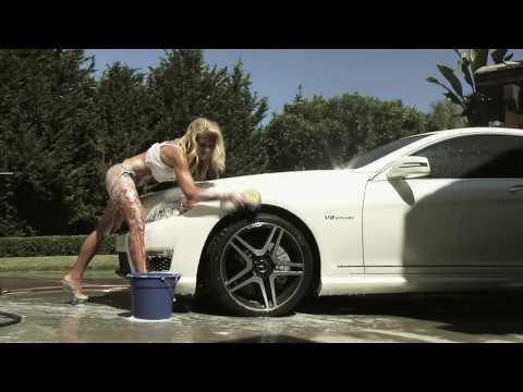 Bikini Model Sexy Car Wash CR Spotless Water System