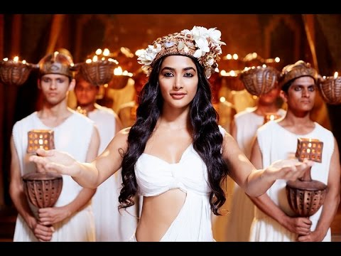 Xxx Mp4 Pooja Hegde Hot Sexy Cleavage In Mohenjo Daro 3gp Sex