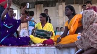 Hijra Performance - Esoofi Kader videos 47
