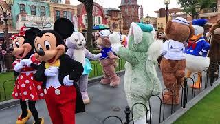 Mickey Ave Land Celebration with Gelatoni & StellaLou - Shanghai Disneyland - Shanghai Disney Resort