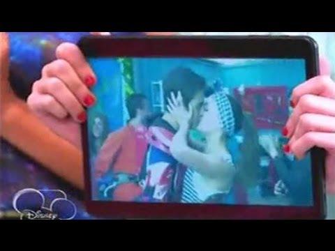Violetta 2 Violetta ve cuando León y Lara se besan Capitulo 61