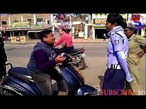 Xxx Mp4 Lady Traffic Police VS School Boy II Helmet Checking 3gp Sex