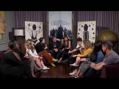 Xxx Mp4 Ezra Miller Claudia Kim Talk About Their Fantastic Beasts Geek Out Moments 3gp Sex