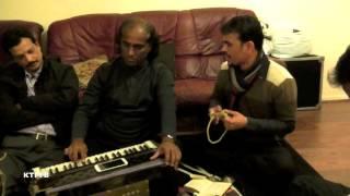 Baul Afsor Khan:  Nobi Amar Asheker Thori.