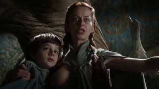 Robin Arryn and Lysa Tully   Breastfeeding Game of Thrones, HBO