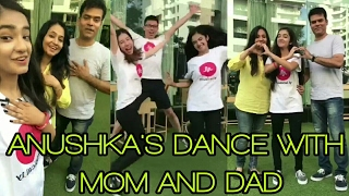 😍😍Anushka Sen Dance with Her Parents    Must Watch All Ansushkians 😍😍