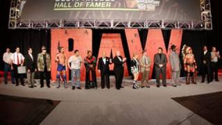 Raw: WWE Legend roll-call on an
