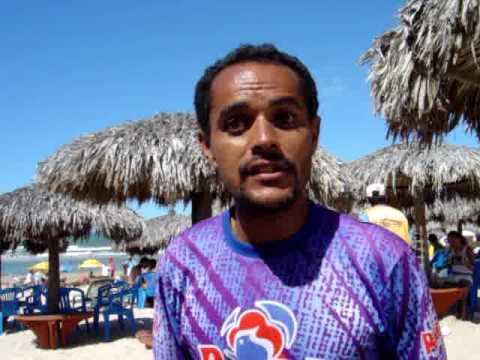 Vendedor de picolé aloprado da Praia do Futuro em Fortaleza CE.