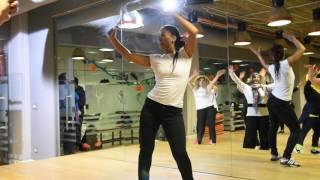 Zumba fitness with Karima Gaafar رقص الزومبا شرقي اغنية لغبطلى حالى