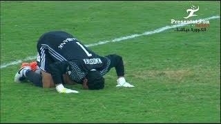 """"""" محمد مصطفي """" حارس النصر يتصدى لركلتي جزاء في مباراة مصر المقاصة"""
