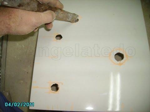 Cómo hacer agujeros en azulejos para tomas de agua con amoladora o radial