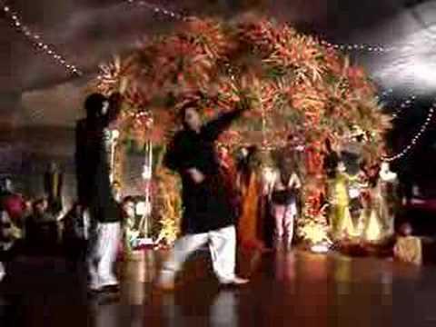 Dance at raza s mehndi in lahore