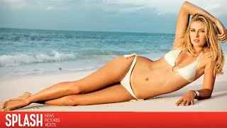 Tennis Player, Maria Sharapova Vacations in a Bikini | Splash News