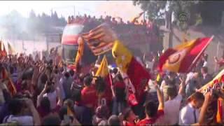 غلطة سراي يتوج رسمياً ويرفع كأس بطولة الدوري التركي لكرة القدم