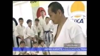 Tetsuhiko Asai Sensei 9 Dan, incredible fighting techniques. 哲彦浅井先生9ダン、信じられないほどの戦いの技術。