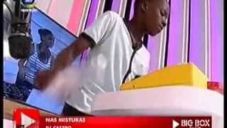Dj Castro de Mocambique toca sem Musica mostrando o verdadeiro talento....