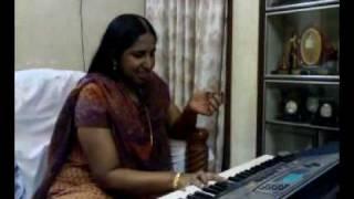 Swarnalatha singing one of my all time Favourtite number Ennai Thottu Allikonda Mannan Peru Ennadi
